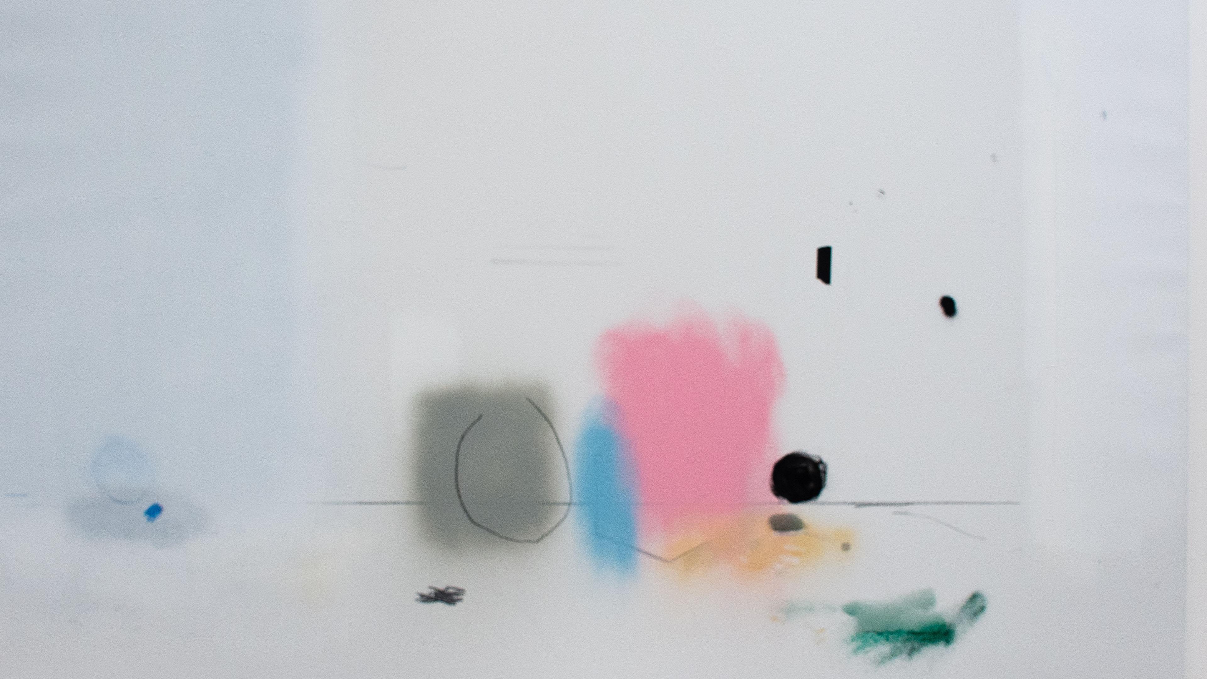 Pintura sobre fondo blanco.