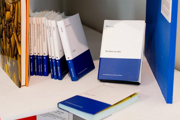 Libros en exposicion Libros, Colecciones y Laberintos