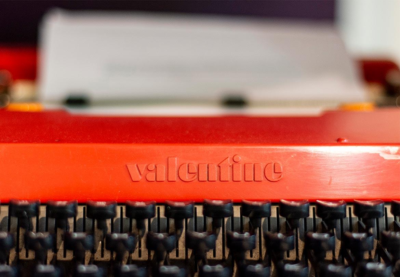 Maquina de escribir de Libros, Colecciones y Laberintos